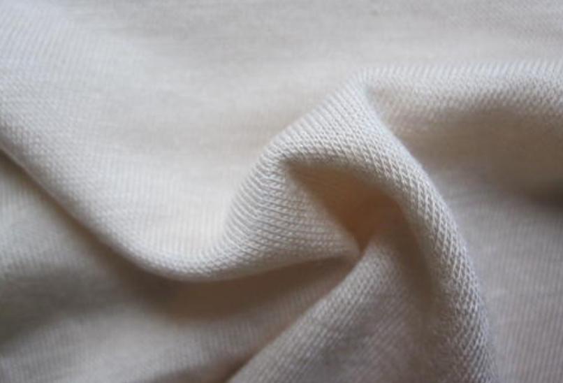 氯纶面料的性能及优缺点!-花间村纺织