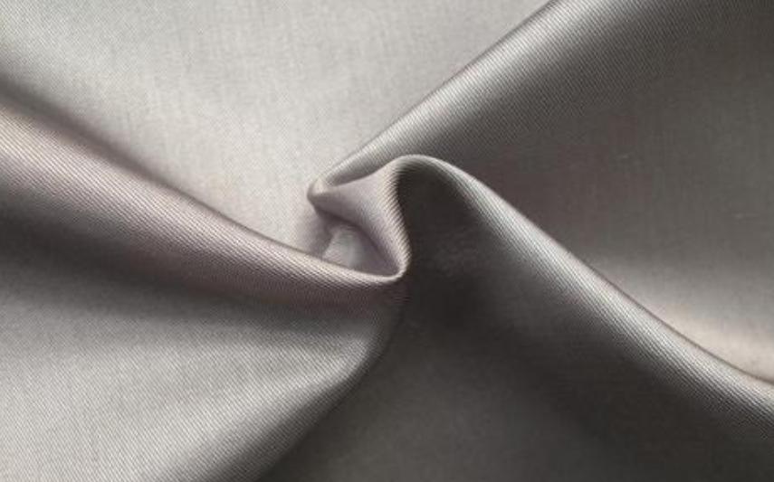 服装里料之天然纤维面料的特点-花间村纺织